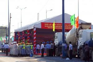 Toàn cảnh nơi tổ chức buổi lễ khởi động hoàn thiện mở rộng Xa lộ Hà Nội