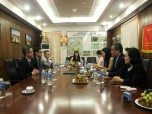 Hong Kong Land và Công ty CII thảo luận tại buổi ký kết hợp tác